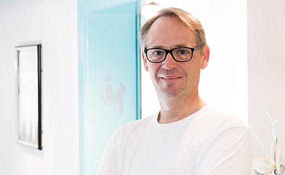 Dr. Werner Landes
